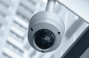 Perché la tecnologia di videosorveglianza avanzata è un valido investimento per le banche